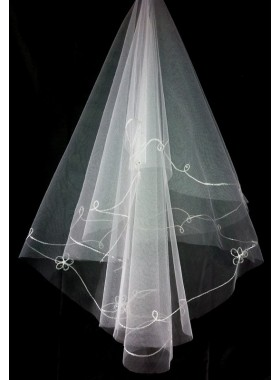 Very Delicate Wedding Veil With Embroidery