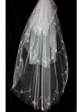 Very Great Wedding Veil With Embroidery
